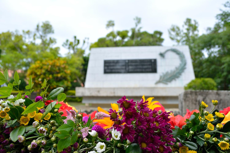ひめゆりの塔。沖縄の忘れてはいけない観光名所について解説。
