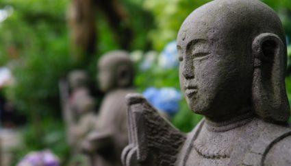 鎌倉周辺のパワースポット15選。縁結びや仕事運など、願いをこめて訪れよう