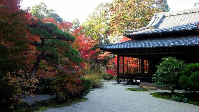 南禅寺の5つの見どころ、観光スポットまとめ。おすすめ名物湯豆腐も必食!